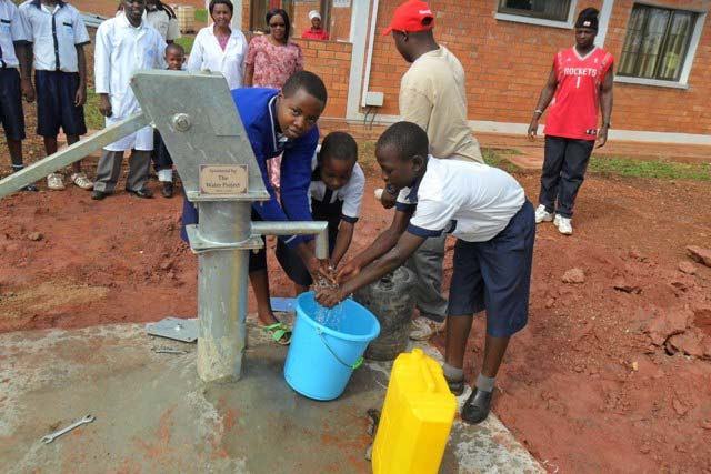 The Water Project : rwanda-3003-images_page_4_image_0002-2