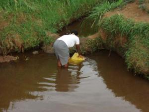 The Water Project : rwanda3005_page_3_image_0001