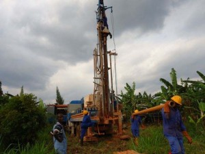 The Water Project : rwanda3005_page_3_image_0002