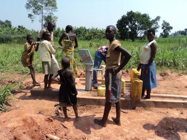 The Water Project : rwanda3007_page_4_image_0001