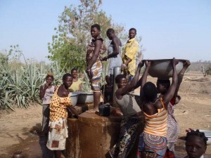 The Water Project : burkina-9000_page_04_image_0001