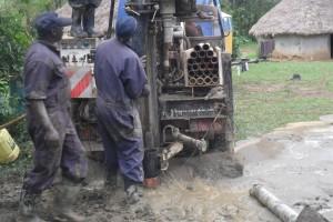 The Water Project : casing-wazee-hukumbuka-self-help-group-002