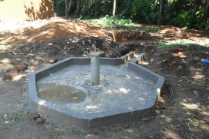 The Water Project : constructed-pad-wazee-hukumbuka-001