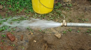 The Water Project : test-pumping-wazee-hukumbuka-002
