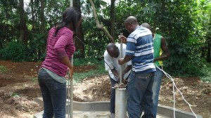 The Water Project : test-pumping-wazee-hukumbuka