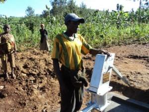 The Water Project : kirehe_kigarame_keremere-3025_page_7_image_0002