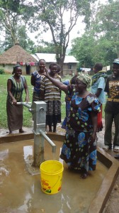The Water Project : wazee-hukumbuka-handing-over-001