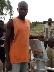 The Water Project : rwanda3065-2