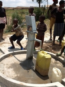The Water Project : rwanda3065-4