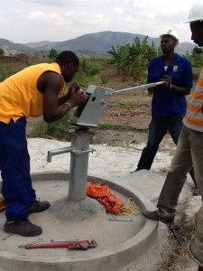 The Water Project : rwanda3065-pump-installation