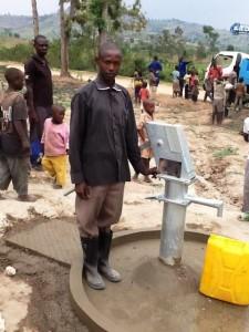 The Water Project : rwanda3069-community-member-1