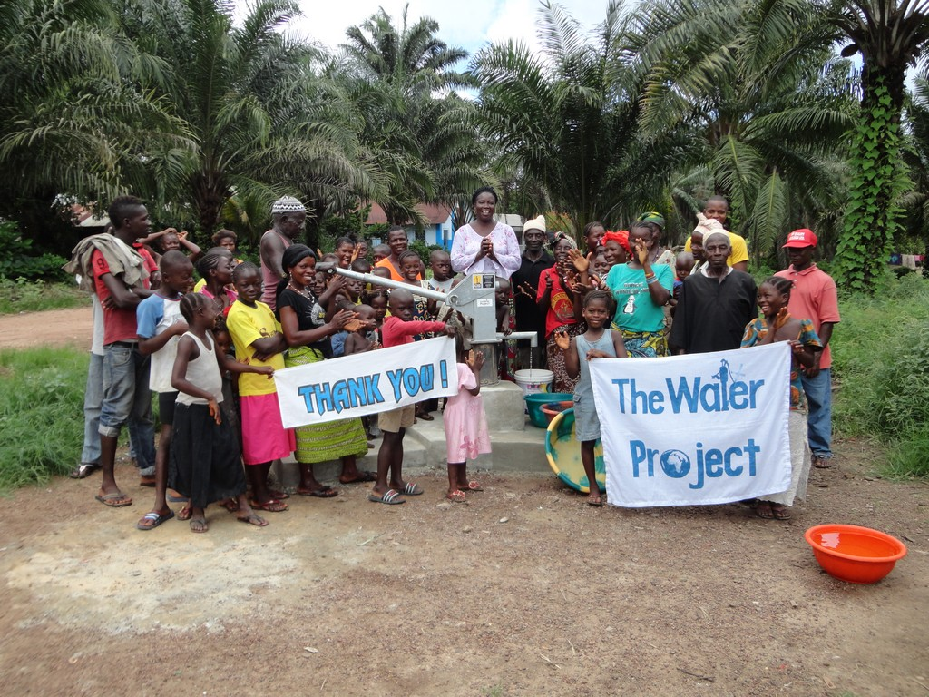 The Water Project : sierraleone5041_04