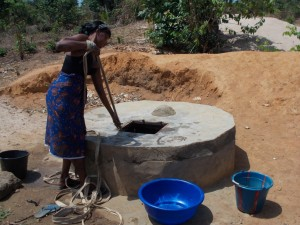 The Water Project : sierraleone5042_01