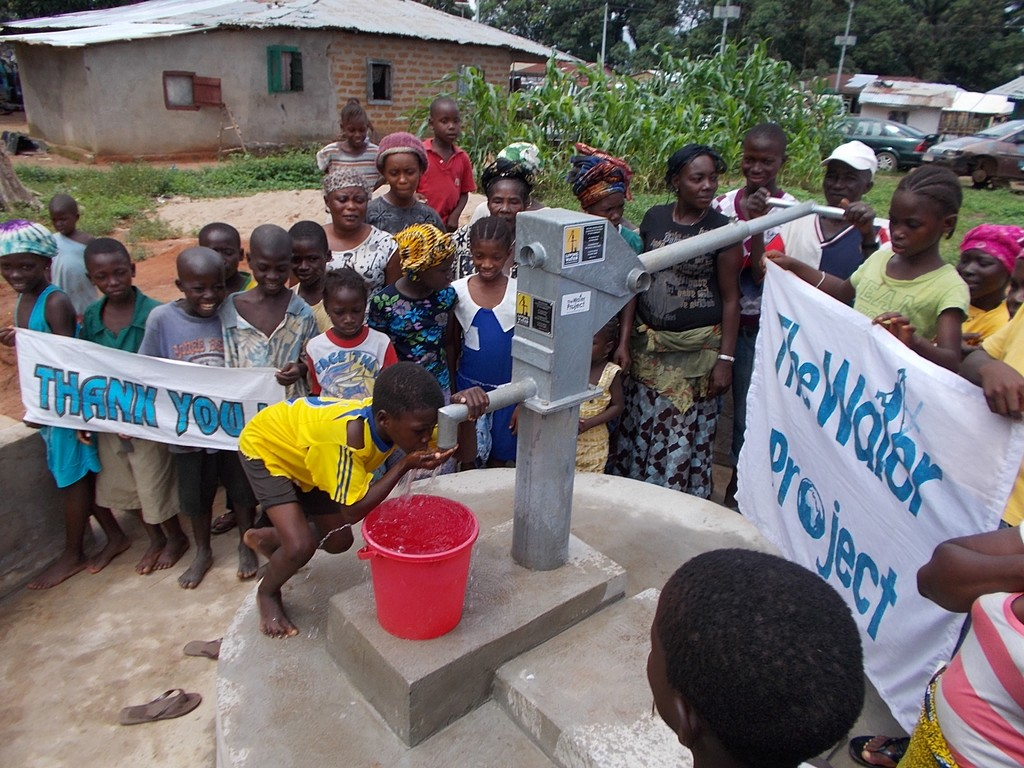 The Water Project : sierraleone5043_09