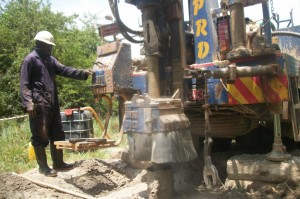 The Water Project : uganda6036-drilling-2