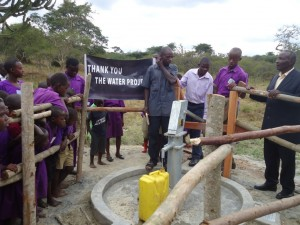 The Water Project : uganda6037-thank-you