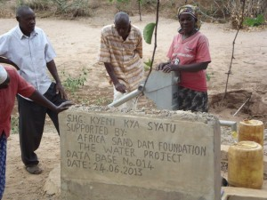 The Water Project : kenya4027-8