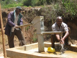 The Water Project : kenya4036-kee-11