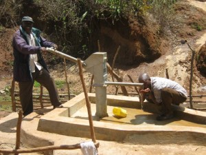 The Water Project : kenya4036-kee-9