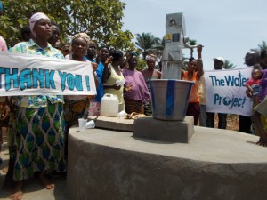 The Water Project : sierraleone5037_08
