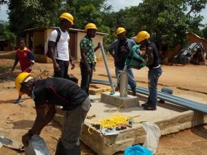 The Water Project : sierraleone5044_02