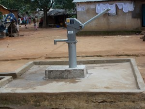 The Water Project : sierraleone5044_07