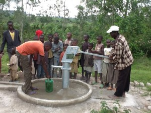 The Water Project : rwanda3071_06