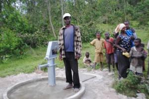 The Water Project : rwanda3071_09
