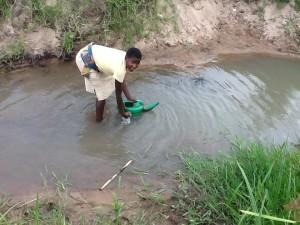 The Water Project : rwanda3071_14