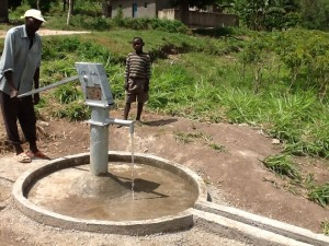 The Water Project : rwanda3072_04