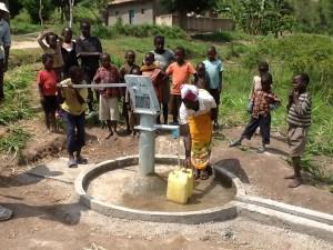 The Water Project : rwanda3072_17