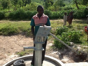 The Water Project : rwanda3073_08