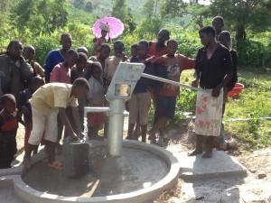 The Water Project : rwanda3073_09