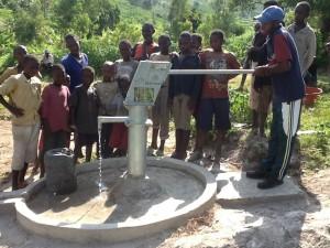 The Water Project : rwanda3073_12