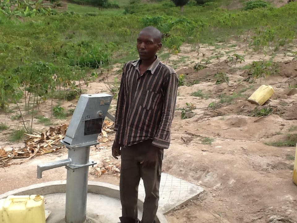 The Water Project : rwanda3074_02