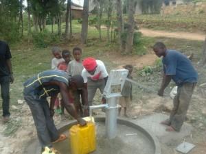 The Water Project : rwanda3075_13