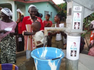 The Water Project : sierraleone5037-21