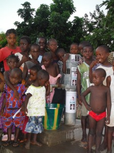 The Water Project : sierraleone5037-23