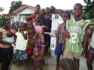 The Water Project : sierraleone5037-27