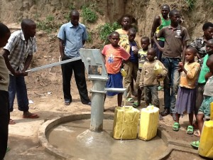 The Water Project : rwanda3076-03