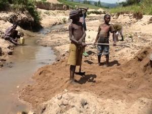 The Water Project : rwanda3077-01