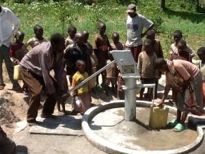 The Water Project : rwanda3077-10