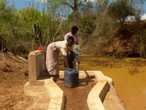 The Water Project : kenya4034-18
