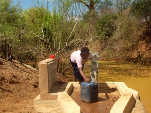 The Water Project : kenya4034-19
