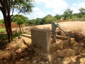 The Water Project : kenya4041-08