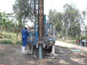 The Water Project : rwanda3078-04