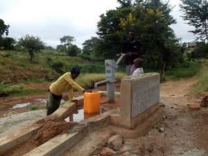 The Water Project : kenya4039-15