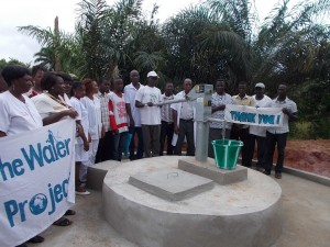 The Water Project : sierraleone5049-10-some-one-with-clear-water