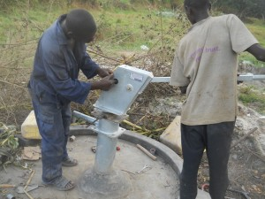 The Water Project : uganda6044-15