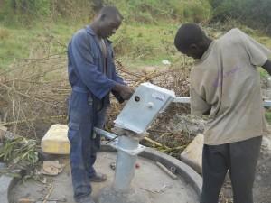 The Water Project : uganda6044-16
